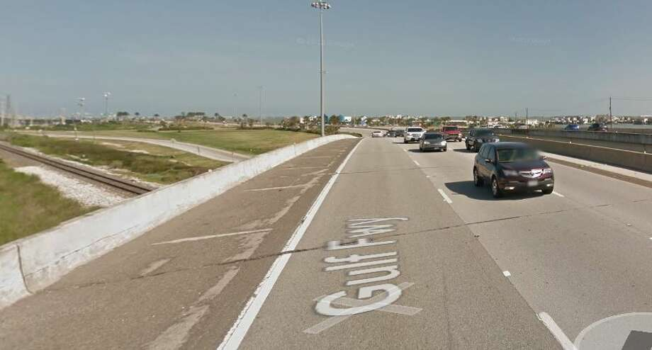 Interstate 45 northbound over railroad, north of Highway 146Year built: 1965Year reconstructed: 1987Owned by: TxDOTThe structure directly under the roadway is listed in fair condition. The bridge is currently listed as structurally deficient. Photo: Google Earth Screengrab