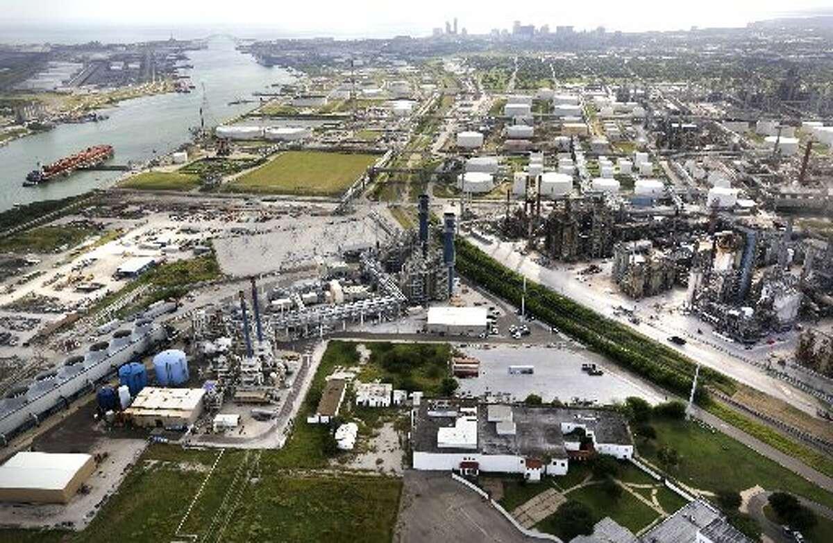 Refineries with Port Corpus Christi at left, on Monday, Oct. 28, 2013. (Bob Owen/San Antonio Express-News)
