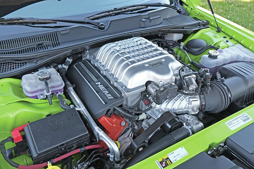 2015 Dodge Challenger SRT Hellcat (photo © Dan Lyons, all rights reserved)