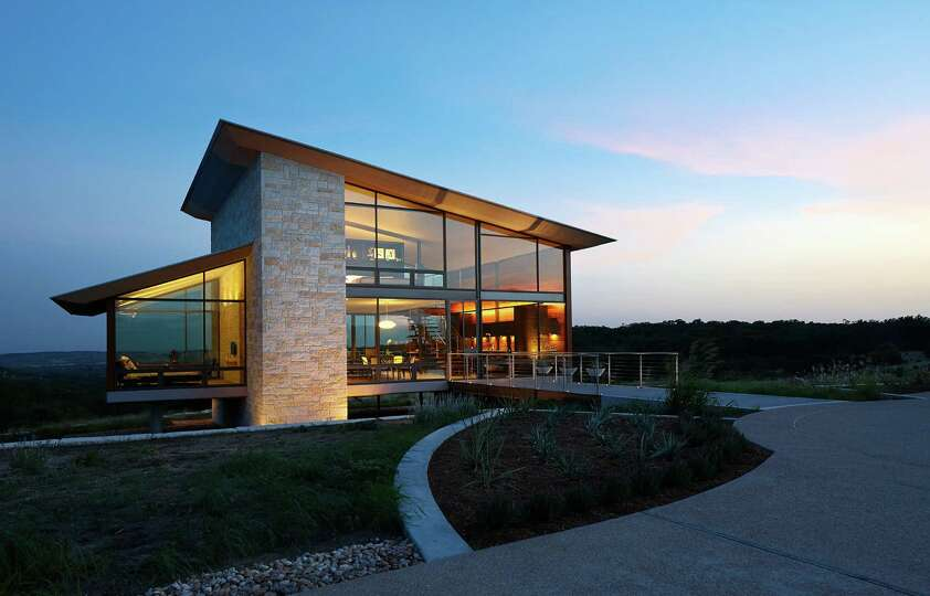 Aia houston 2014 design award winner for residential for Award winning architectural home designs