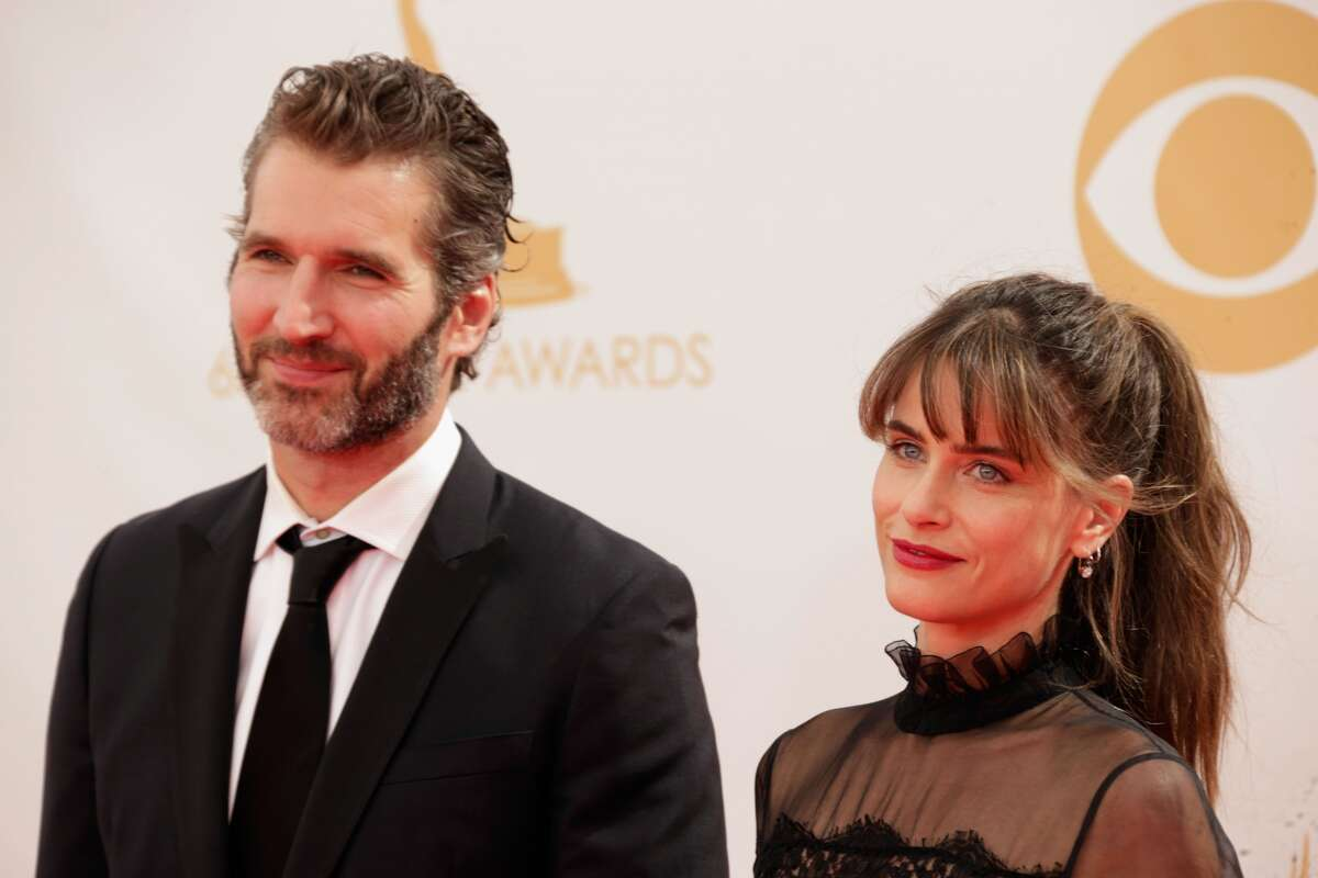 Amanda Peet (Quaker) and David Benioff (Jewish) Their ceremony in 2006 was held at Friends Seminary Quaker School in New York City, and also included a chuppah and friends reading poems and singing songs.