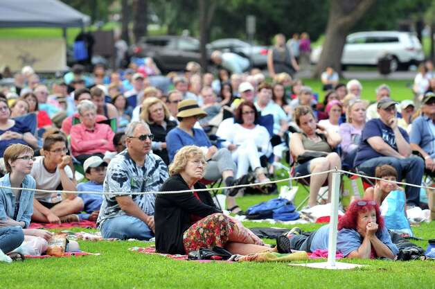 The audience watches Saratoga Shakespeare Company's performance of Macbeth on Friday, July 25, 2014, at Congress Park in Saratoga Springs, N.Y. Final show times are Saturday at 6 p.m. and Sunday at 3 p.m. (Cindy Schultz / Times Union) Photo: Cindy Schultz / 00027716A