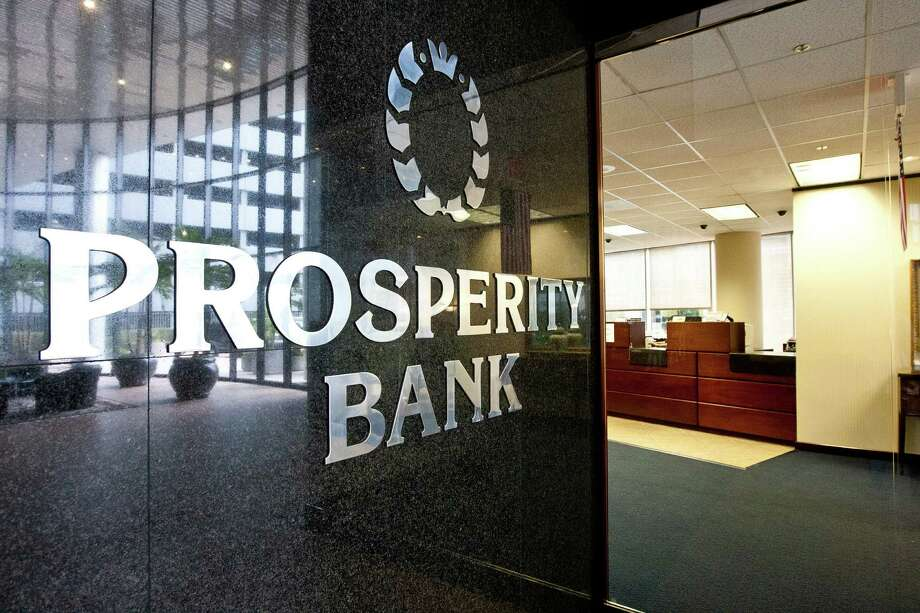 Prosperity Bank's parent company reported a 40.2 percent rise in its second-quarter profit. Photo: Nick De La Torre, Staff / © 2013  Houston Chronicle
