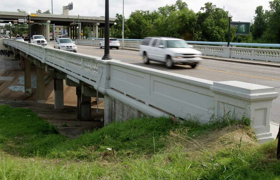 The 1931 Yale Street bridge, south of I-10, is due for replacement in 2016. Despite its history, the bridge simply isn't up to modern standards, according to some. Photo: Mayra Beltran, Staff / © 2014 Houston Chronicle