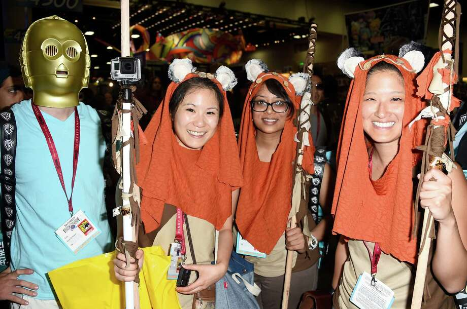 SAN DIEGO, CA - JULY 26:  (L-R) Scott, Emma, Elin and Corrina from California attend Day 3 of Comic-Con International 2014 on July 26, 2014 in San Diego, California. Photo: Frazer Harrison, Getty Images / 2014 Getty Images