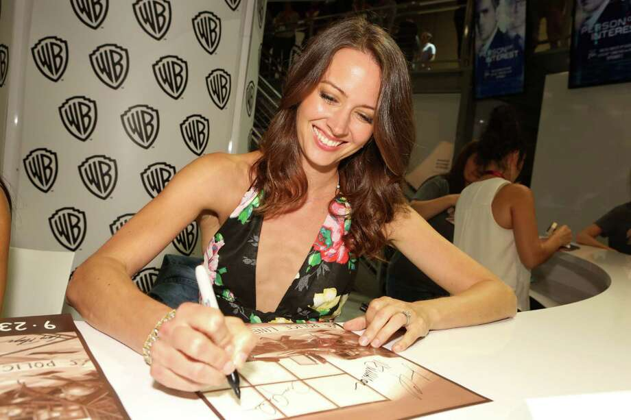 "SAN DIEGO, CA - JULY 26:  In this handout photo provided by Warner Bros, Amy Acker of ""Person of Interest"" attends Comic-Con International 2014 on July 26, 2014  in San Diego, California. Photo: Handout, Getty Images / 2014 Warner Bros. Entertainment"