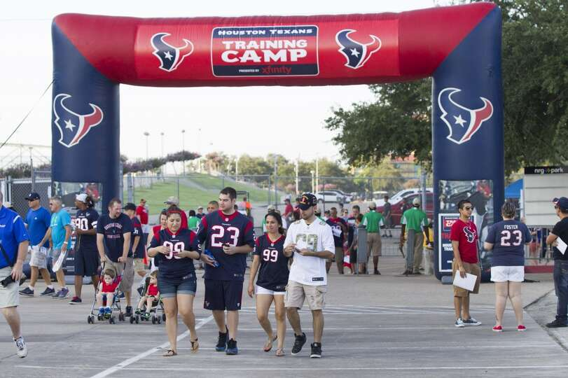 Day 2: July 27  Fans arrive to watch Texans training camp.