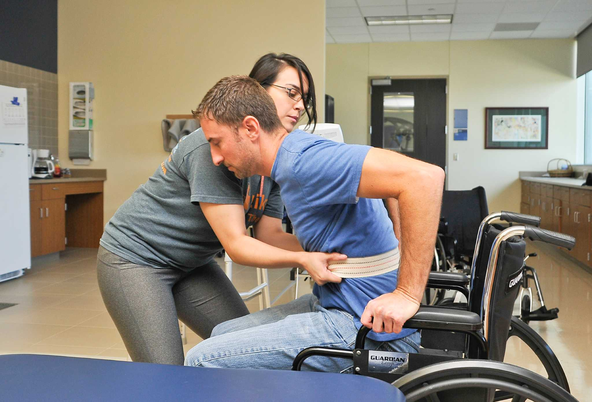 12566 physical therapy aide jobs available on indeed take steps toward working penn foster career school com can be completed as little 1 month one - Physical Therapist Aide Salary