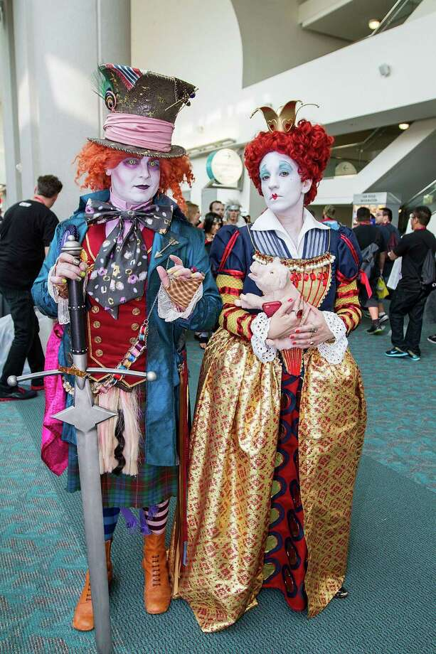 SAN DIEGO, CA - JULY 27:  Costumed fans Daniel Schmidt (L) and Lorraine Ouellette attend Comic-Con International at San Diego Convention Center on July 27, 2014 in San Diego, California.  (Photo by Daniel Knighton/WireImage) Photo: Daniel Knighton, Getty / 2014 Daniel Knighton