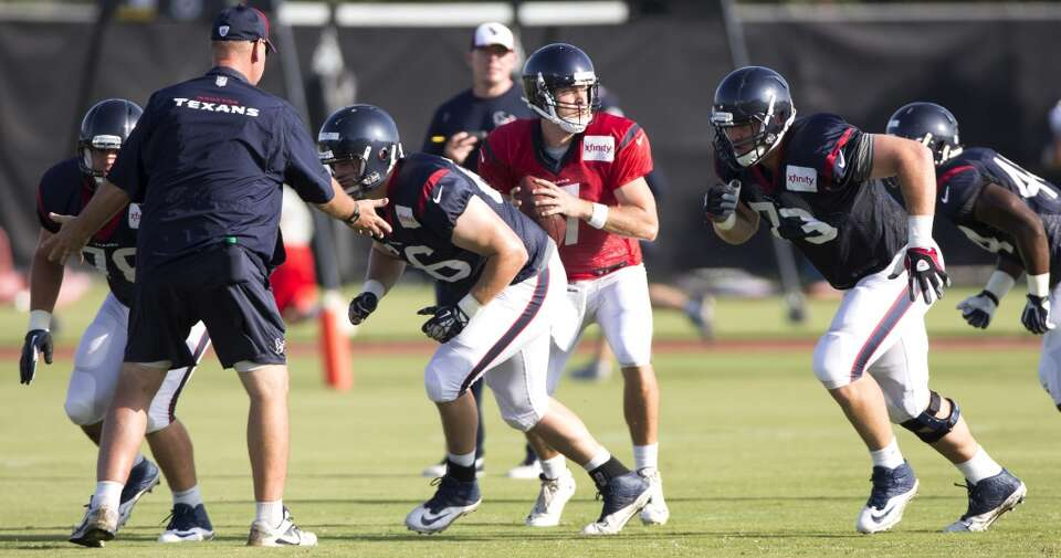 Day 3: July 28  Texans quarterback Case Keenum (7) runs a play behi