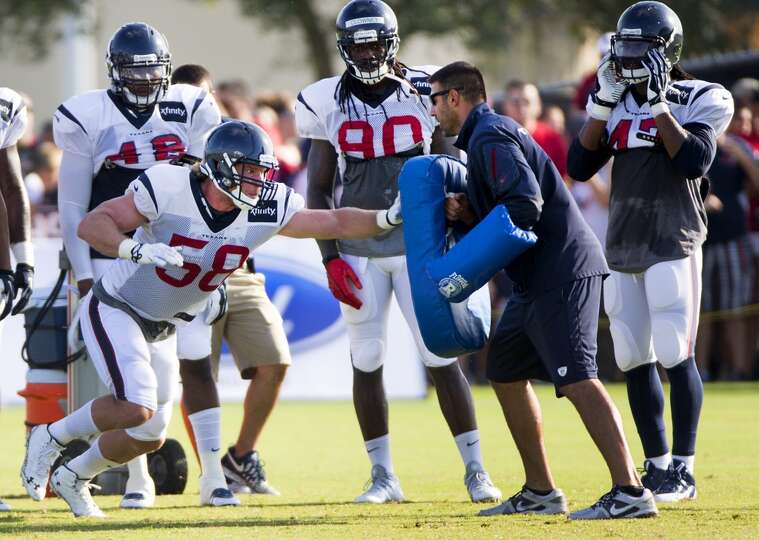 Day 3: July 28   Texans outside linebacker Brooks Reed (58) runs a