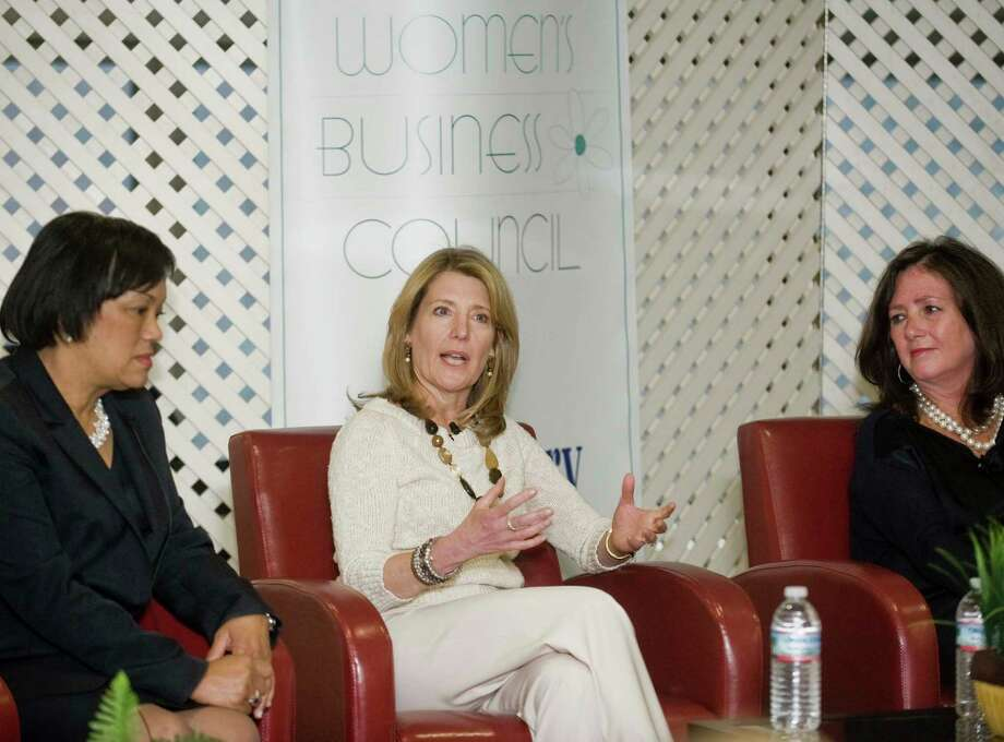 This file photo shows (from left) New Haven Mayor Toni Harp, Cindi Bigelow, CEO of Bigelow Tea and Peyton Patterson, CEO of Bankwell Financial Group at an event organized by the Greater Danbury Chamber of Commerce at the Matrix in Danbury. The chamber is launching a program called the Executive Peer Advisory Group, a program designed to make participants better leaders, in September. Photo: Scott Mullin / The News-Times Freelance