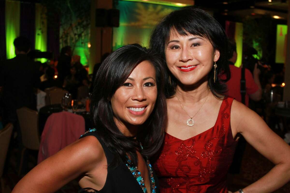 Shern-Min Chow joined KHOU-TV in 1996 and is currently the anchor for 12 p.m. weekday newscast. Before Channel 11, Chow worked at KTRK-TV and KPRC-TV.
