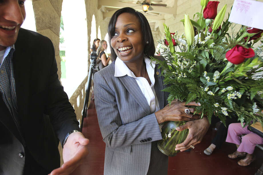 Ivy Taylor is presented with roses as she meets supporters at a reception after being elected Mayor of San Antonio. A reader says it was the right choice. Photo: Tom Reel / San Antonio Express-News