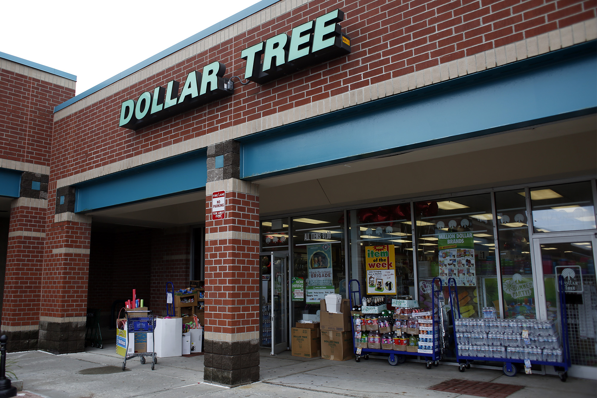 dollar tree buying family dollar with no store closings planned times union. Black Bedroom Furniture Sets. Home Design Ideas