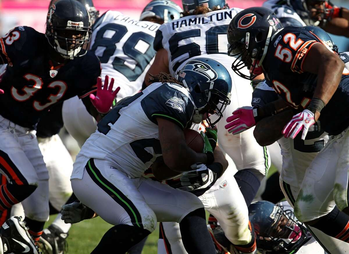 In 2010, after four games with the Bills, Lynch was traded to the Seahawks in exchange for two future draft picks -- a fourth-round selection in 2011 and a conditional pick in 2012. Lynch made an immediate impact with Seattle, and on Dec. 5, 2010, he scored three touchdowns against the Carolina Panthers.