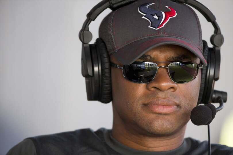 Day 4: July 29   Texans general manager Rick Smith watches practice