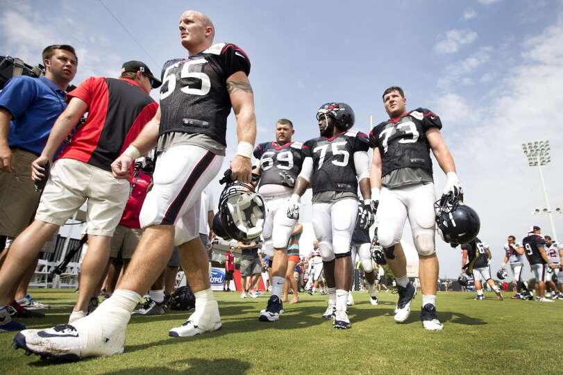 Day 4: July 29   Texans center Chris Myers (55) walks off the pract