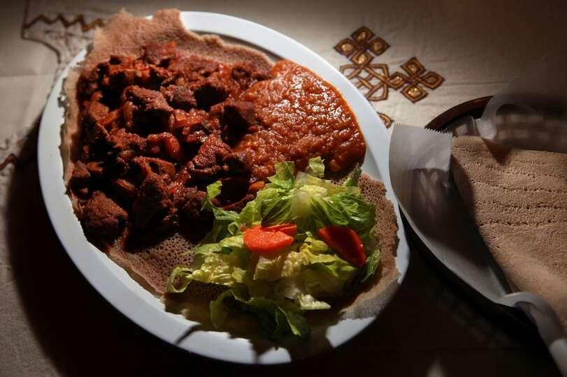 New Eritrea Restaurant: At this family-r