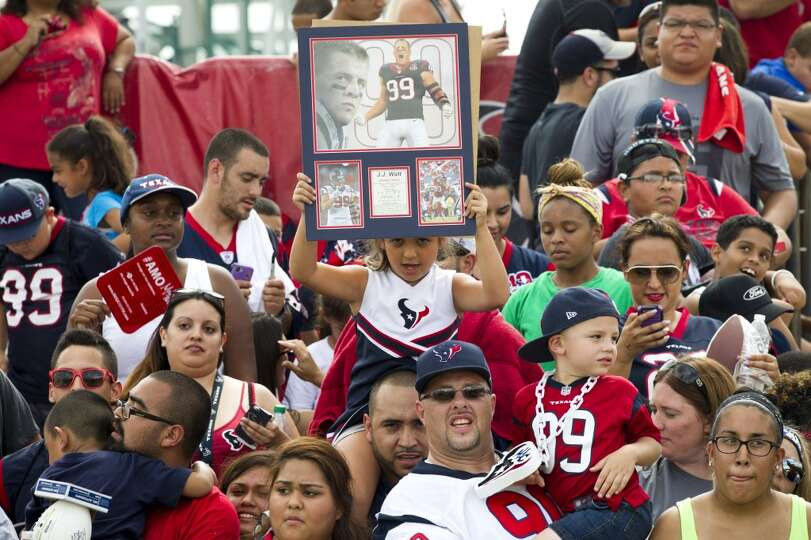 Houston Texans fans watch practice during Texans training camp at the Methodist Training Center Wedn