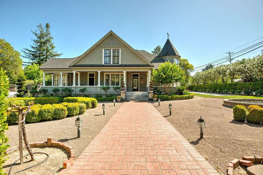 The St. Helena home sits on roughly half an acre. Photo: Gene Ivester/California Property