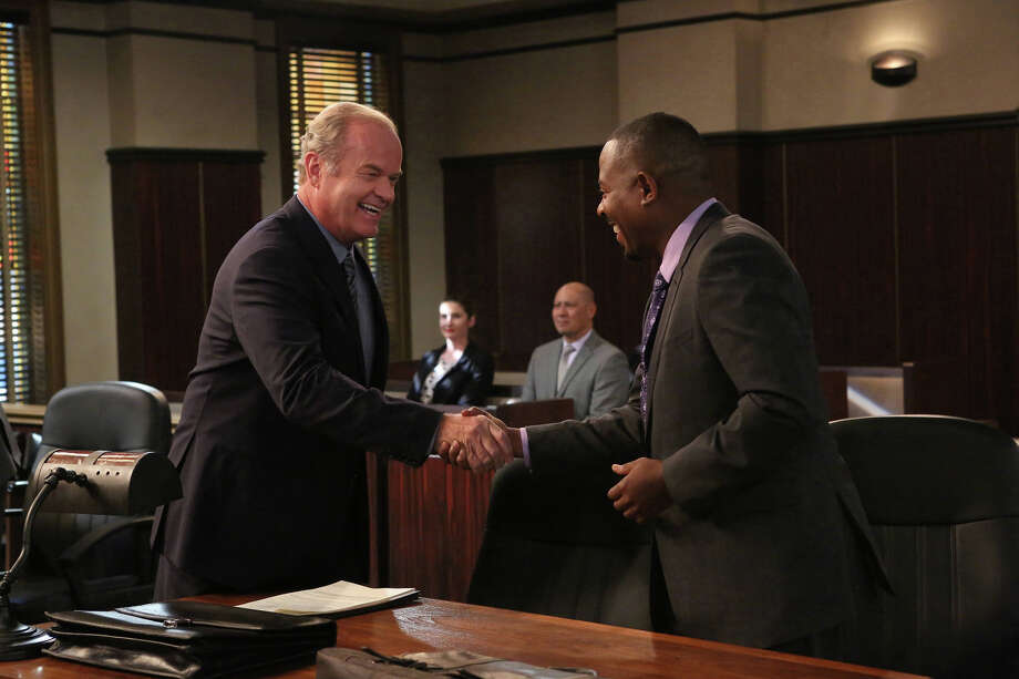"Kelsey Grammer as Allen Braddock, Martin Lawrence as Marcus Jackson in ""Partners"" on FX. Photo:  Byron Cohen / Copyright 2014, FX Networks. All rights reserved."