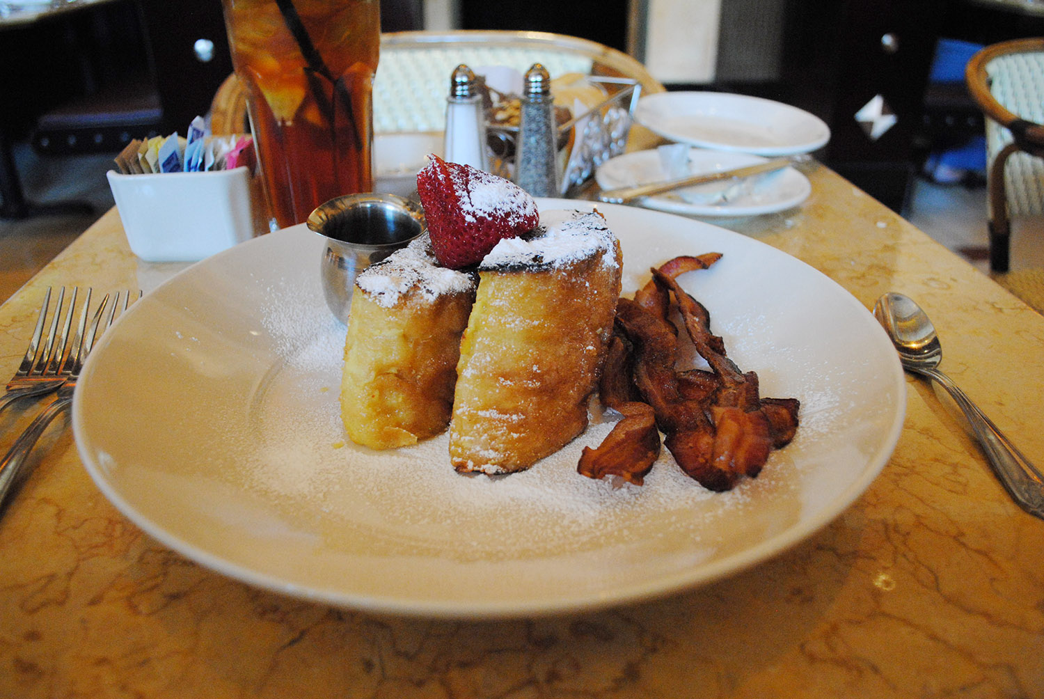 Cheesecake Factory Wins For Most Caloric Food In Xtreme Eating Awards 2014 Sfgate