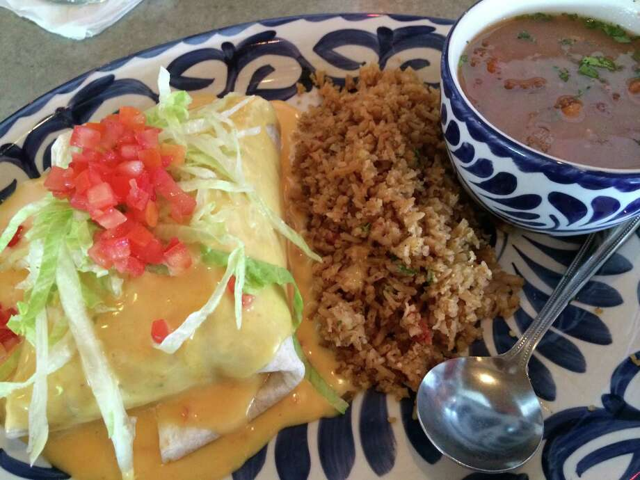 The new El Cantina Superior in the Heights serves a burrito dinner. Photo: Syd Kearney