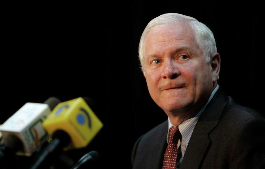 U.S. Defense Secretary Robert Gates, seen, during a news conference in Kabul, Afghanistan, Thursday, May 7, 2009. There are no plans to deploy U.S. ground troops to Pakistan, U.S. Defense Secretary Robert Gates said Thursday, despite concerns over increasing violence between Pakistani troops and Taliban militants. (AP Photo/Rafiq Maqbool) Photo: Rafiq Maqbool, STF / AP