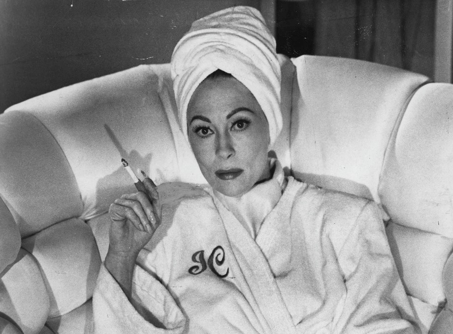 "Faye Dunaway as Joan Crawford in ""Mommie Dearest"": Looked like her? Pretty close. Sounded like her? Close enough. Result: Good and bad.  A camp classic with a good central performance, it's also the film that Dunaway thinks killed her career. Photo: Ho"