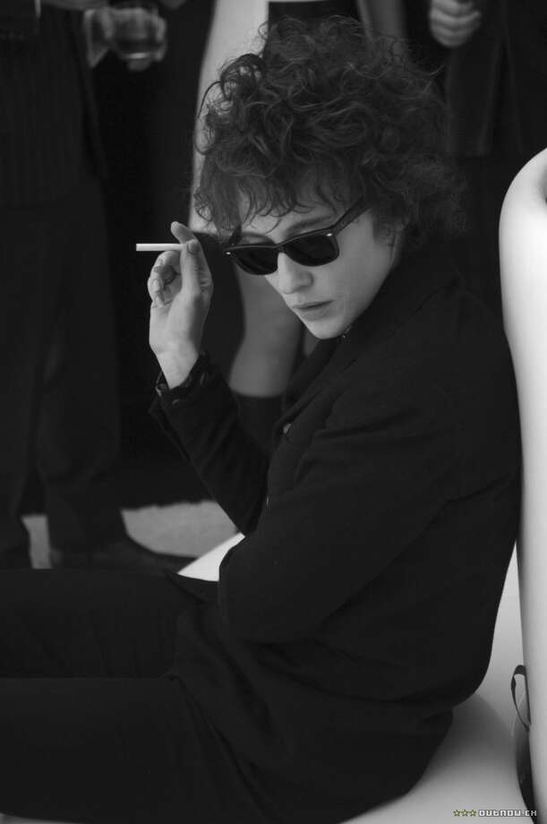 "Cate Blancett as Bob Dylan in ""I'm Not Here"":  Looked like him? Yes, if he were a woman. Sounded like him? Not exactly. Result:  Very annoying. Photo: Weinstein Co. 2007"