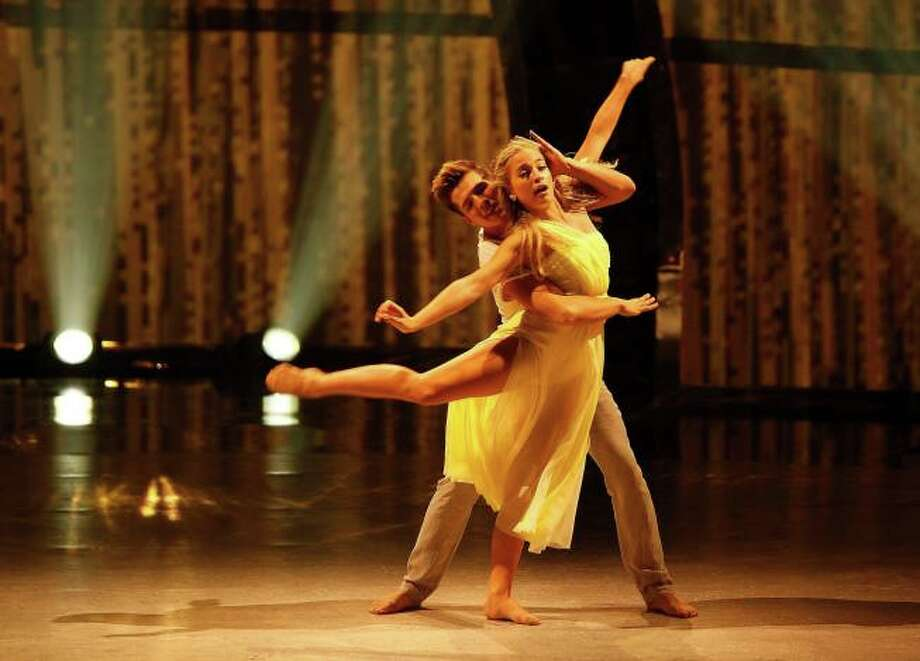 """SO YOU THINK YOU CAN DANCE: L-R: Top 14 contestants Casey Askew and Jessica Richens perform a Contemporary routine to """"Like Real People Do"""" choreographed by Travis Wall on Wednesday, July 30 (8:00-10:00 PM ET/PT) on FOX. ©2014 FOX Broadcasting Co. Cr: Adam Rose"""