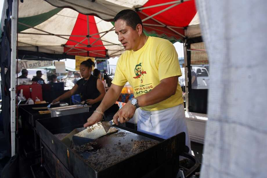 El Huarche Loco: Huarches, Tacos, Gorditas, Quesadillas, Aguas Frescas Photo: Hardy Wilson, The Chronicle