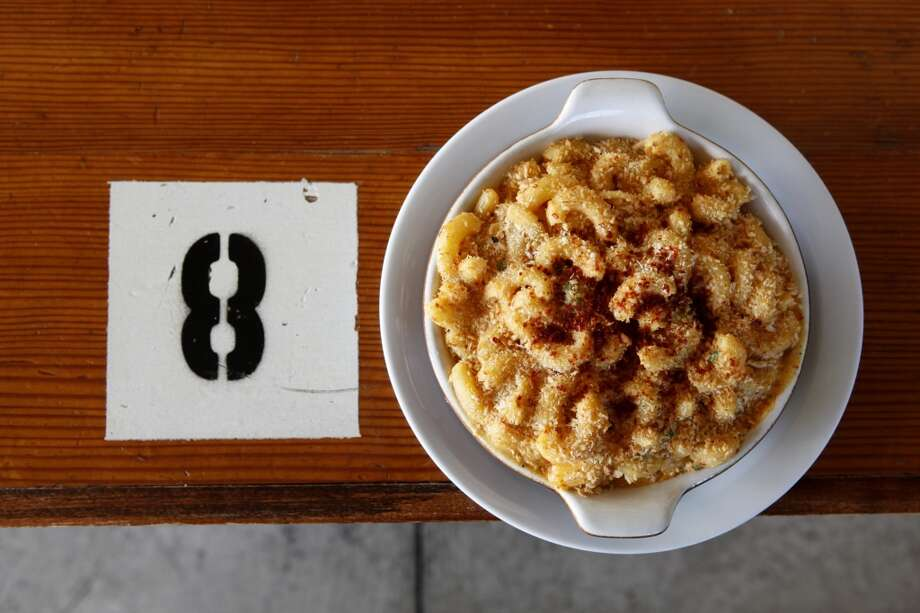 Homeroom: Gilroy Garlic Mac and Cheese Photo: Beck Diefenbach, Special To The Chronicle