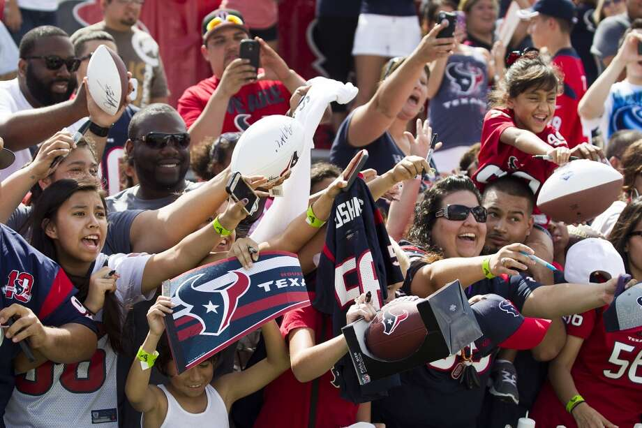 Houston football fans may be masochists, but there's no questioning their all-abiding devotion to the Texans. Despite the 14 consecutive losses to finish the 2013 season, their energy and enthusiasm at open practices is at least what it was last year, when everybody came out thinking they were watching a potential Super Bowl team. The stands on open-practices have been filled to overflowing. Here are ten things we have learned through the first five days of training camp: Photo: Brett Coomer, Houston Chronicle