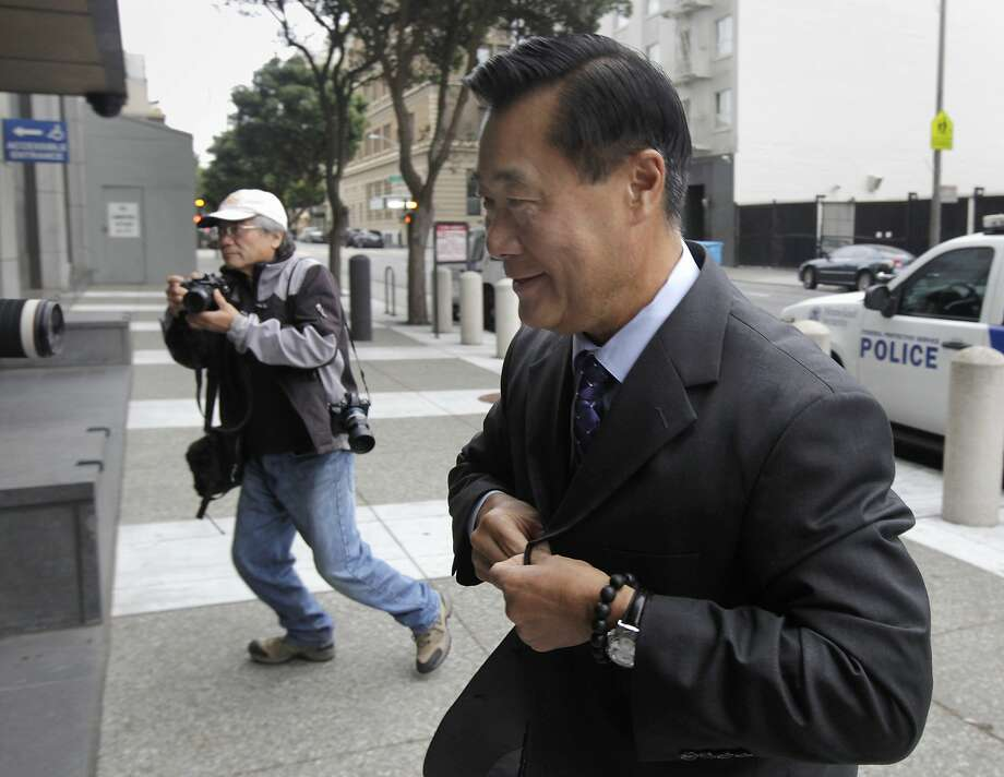 Leland Yee arrives at the Phillip Burton Federal Courthouse to hear additional racketeering charges against him in his corruption case in San Francisco, Calif. on Thursday, July 31, 2014. Photo: Paul Chinn, The Chronicle
