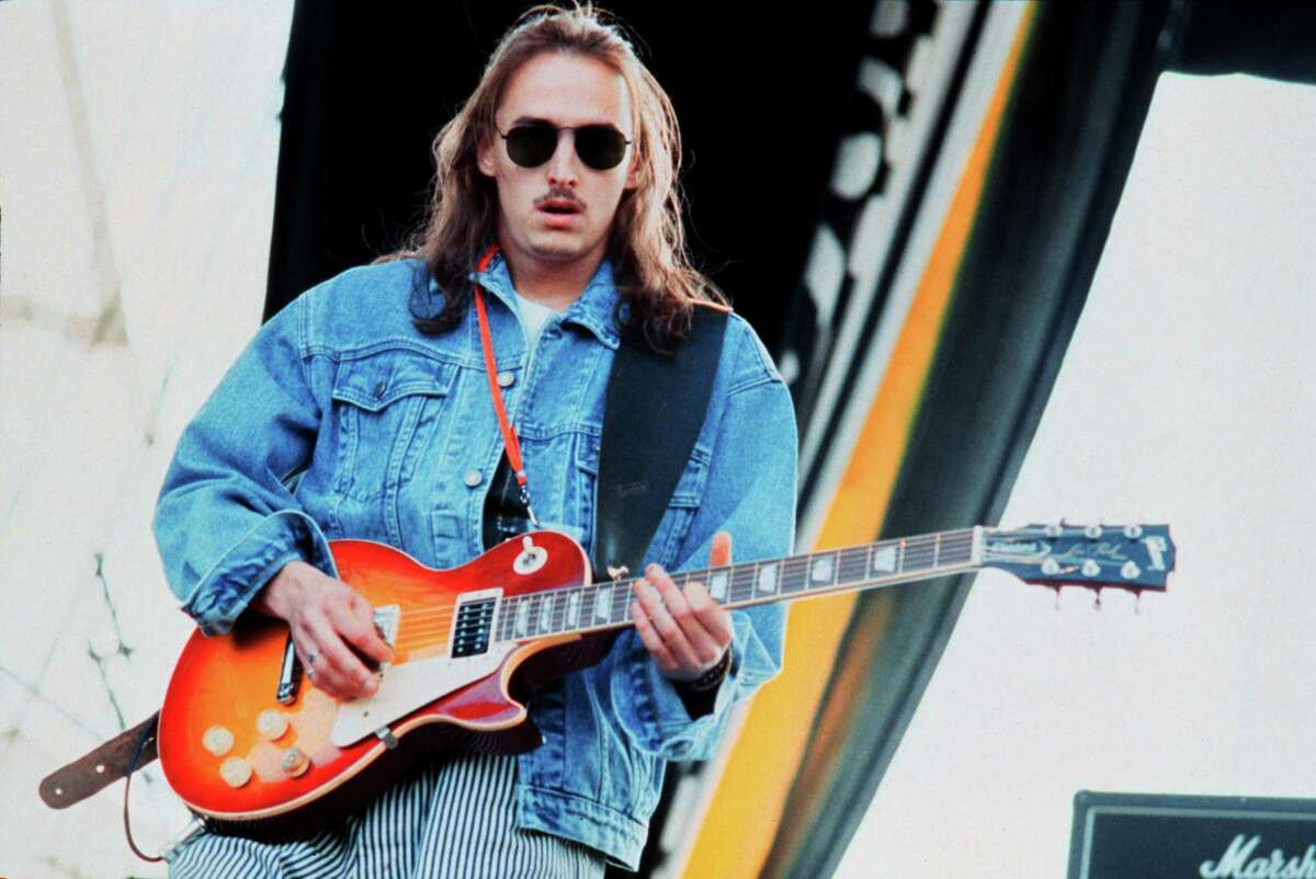1992 ST. PAUL, MN - AUGUST 28: Mike McCready of the band Pearl Jam performs at Lollapalooza at Harriet Island in Saint Paul, Minnesota on August 28, 1992.