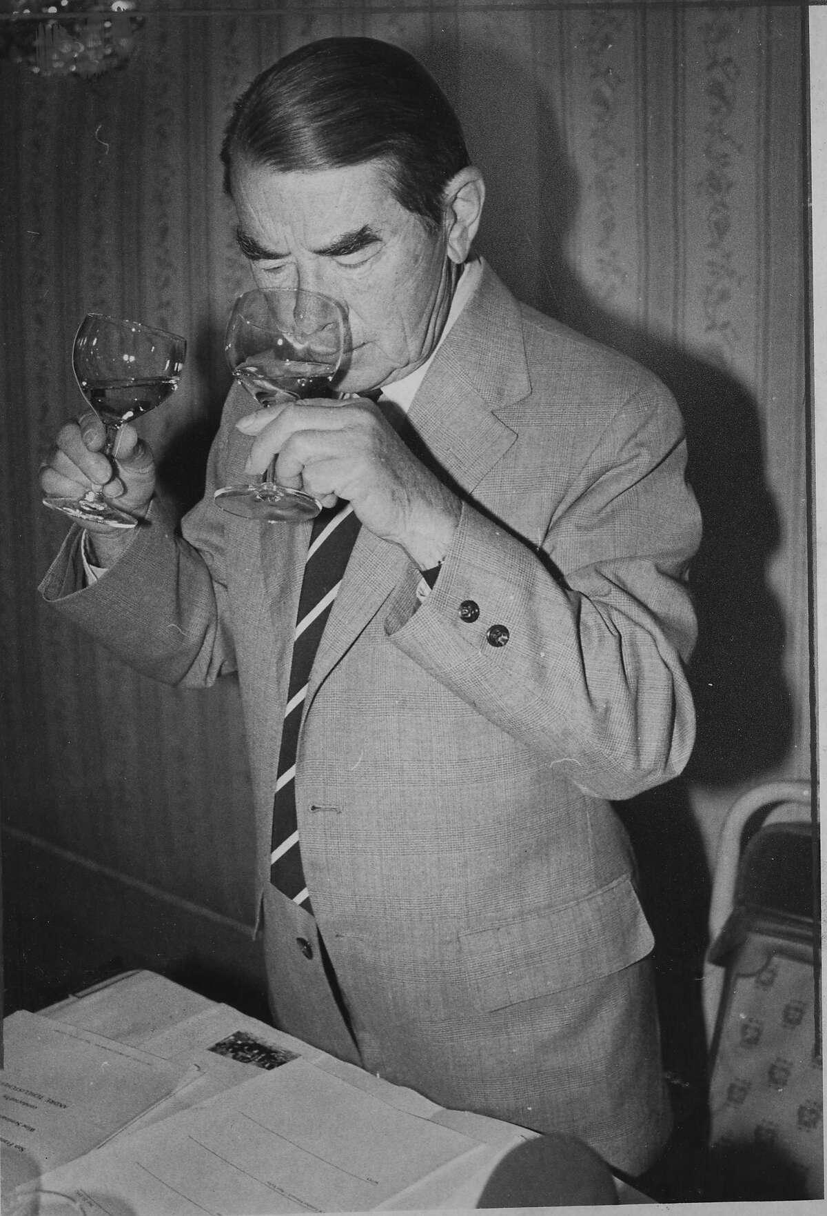 Andre Tchelistcheff, wine maker, oenologist, viticulturist Photo ran 05/24/1982, P. 50