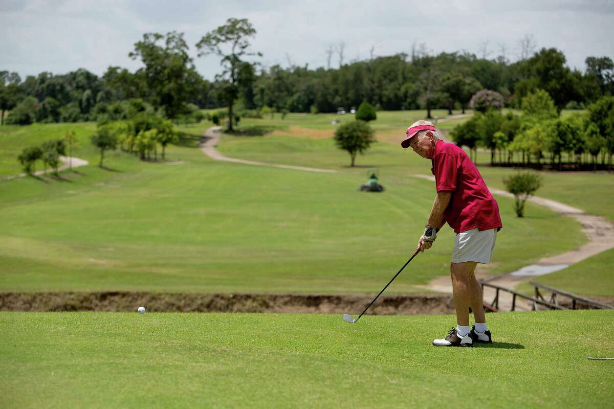 >>>Check out the highest-rated public golf courses in the Houston area, according to Yelp.  ( Johnny Hanson / Houston Chronicle )
