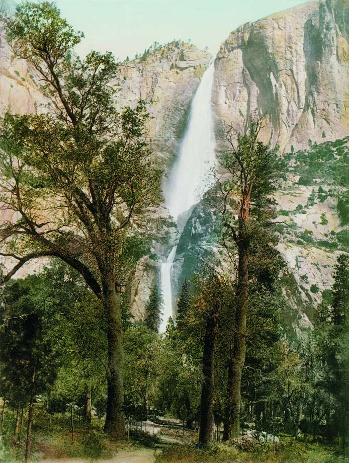 Yosemite Falls, Yosemite Valley. Photo: Collection Marc Walter / Courtesy Taschen