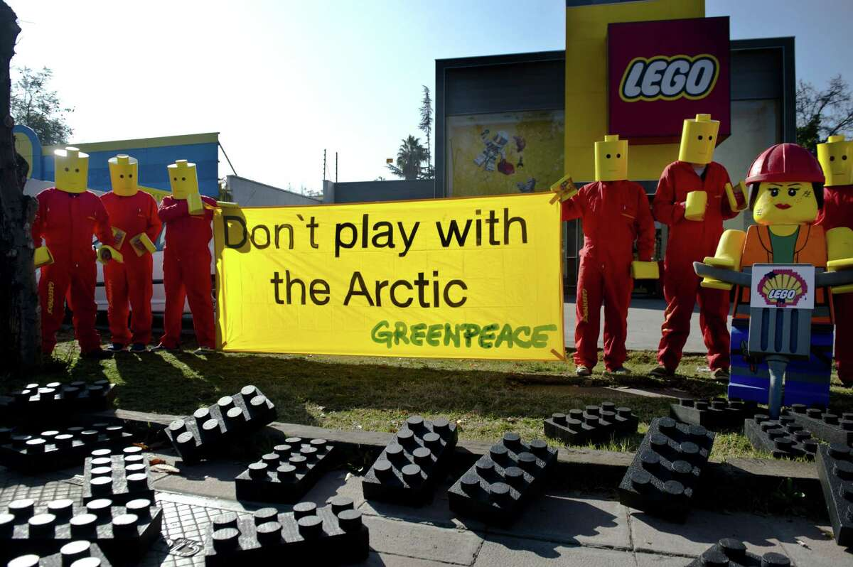 Environmental activists have been calling for Royal Dutch Shell to end its efforts to drill in the Arctic. Last week, Greenpeace members protested at Lego's headquarters in Santiago, Chile. Besides calling for Shell to stop its Arctic activities, they are demanding that Shell remove its logos from Lego toys.