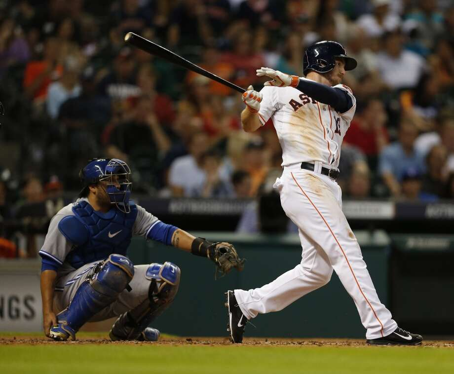 Robbie Grossman hits an RBI single in the third inning. Photo: Karen Warren, Houston Chronicle