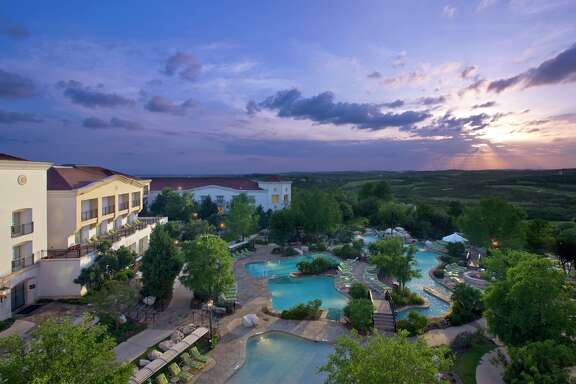 La Cantera Hill Country Resort in San Antonio also is the location for the New York-based Shane Diet & Fitness Resorts' weight-loss program.