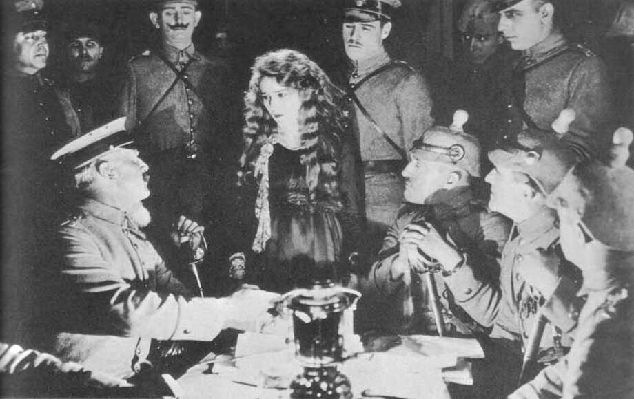 "Mary Pickford in ""The Little American"""