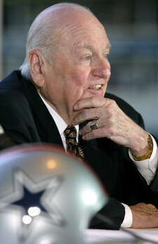 Tex Schramm: Former Dallas Cowboys general manager and Pro Football Hall of Fame member. Photo: Donna McWilliam, Associated Press / 2003 AP