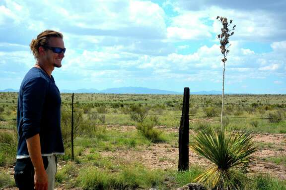Jeffrey Keeling found the new plant species in Valentine, 40 miles west of this arid spot on Texas 90 near the Davis Mountains.