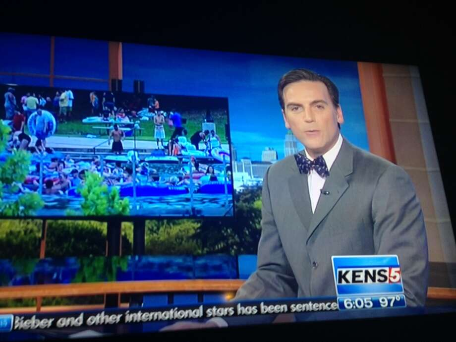 KENS anchor Jeff Goldblatt wore unusual neckwear -- a bow tie -- to bring awareness to a special cause. Photo: Jeanne Jakle