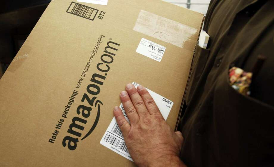 Congress should pass legislation allowing for the collection of sales tax from online purchases. The resulting revenue could offset the revenue from the unpopular Texas Franchise Tax, or margins tax, which the Texas business community wants repealed. Photo: Paul Sakuma, Associated Press / AP