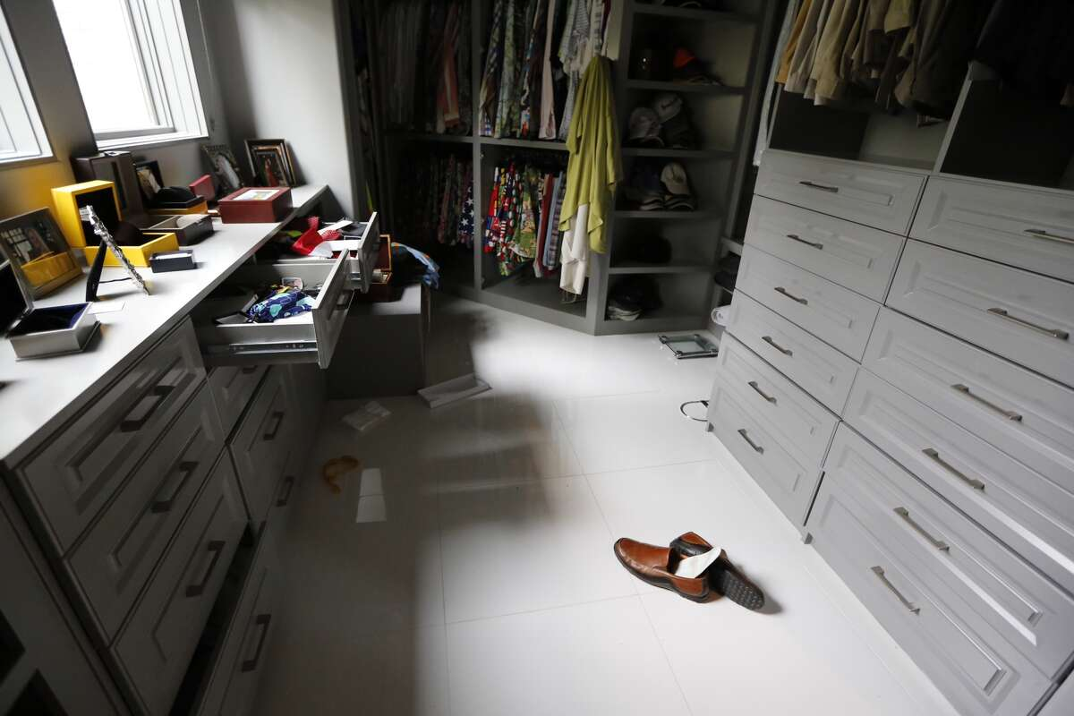 Houston area entrepreneur and fund raiser Theresa Roemer says her gigantic closet, which was recently featured on Good Morning America, in Cosmopolitan magazine and almost every Houston news service, has been burglarized.