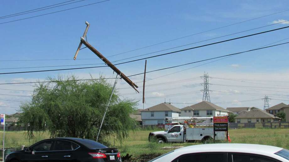 A man was injured Saturday. Aug. 2, 20214, after crashing his SUV into a pole on Marbach Road. Photo: Mark D. Wilson/San Antonio Express-News